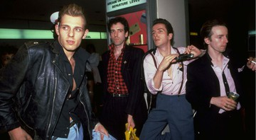 None - Paul Simenon, Mick Jones, Joe Strummer, e Topper Heyton. (Foto: AP / David Handschuh)