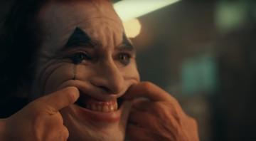 None - Joaquin Phoenix no trailer do Coringa (Foto:Reprodução)