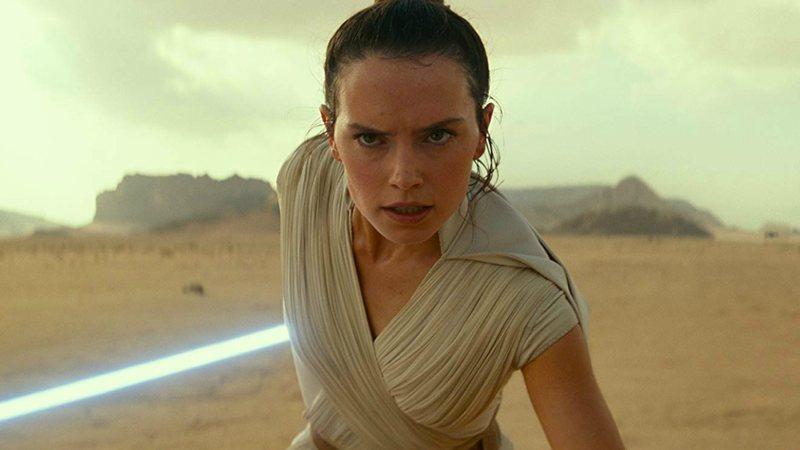 Diretor de Star Wars responde críticas do público ao filme: