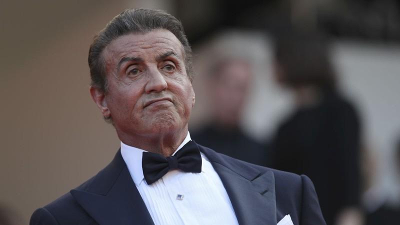 Sylvester Stallone é criticado por cobrar muito caro por selfies no Reino Unido