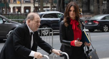 None - Harvey Weinstein e Donna Rotunno (Foto: AP Photo/Mark Lennihan)