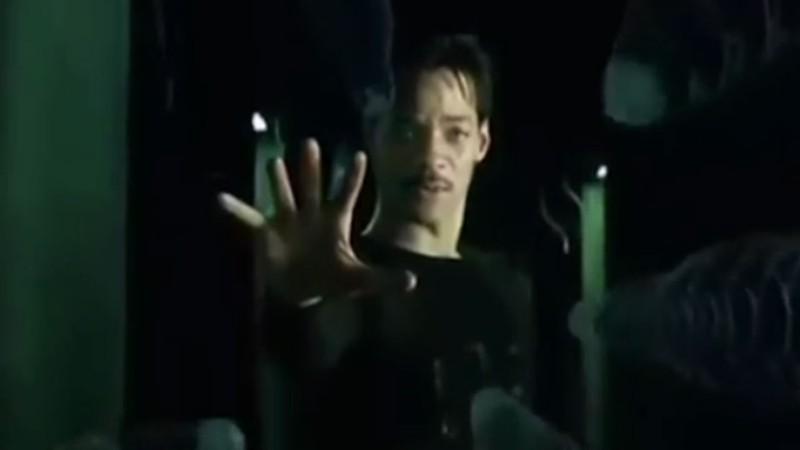 Keanu Reeves, é você? Will Smith incorpora Neo de Matrix no Instagram; veja