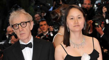 None - Woody Allen e Soon-Yi (Foto: Sipa via AP Images)