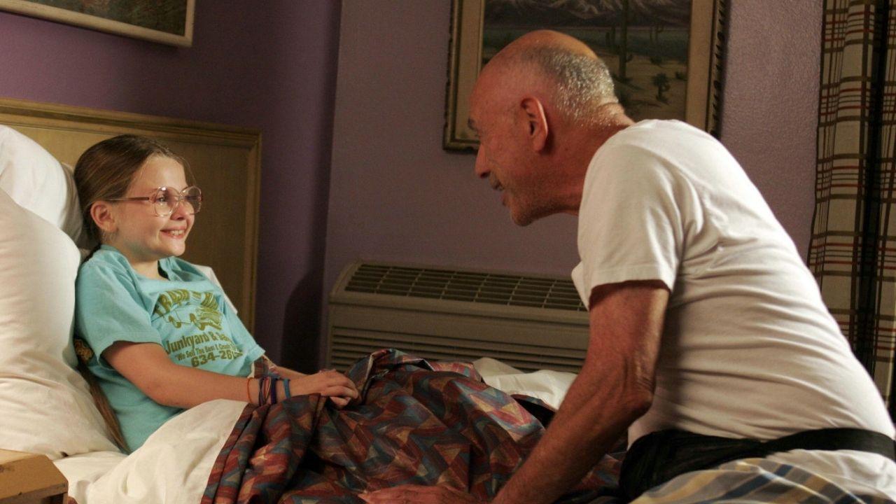 Abigail Breslin e Alan Arkin em Pequena Miss Sunshine (Foto: Reprodução)
