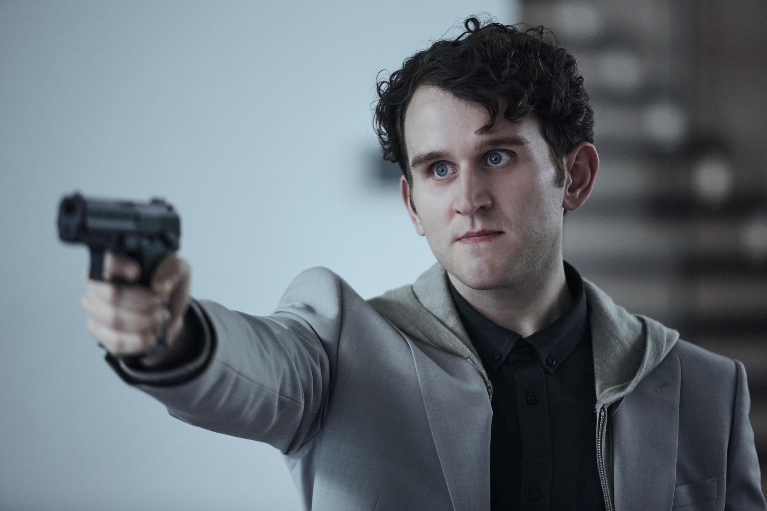 Harry Melling em The Old Guard, da Netflix
