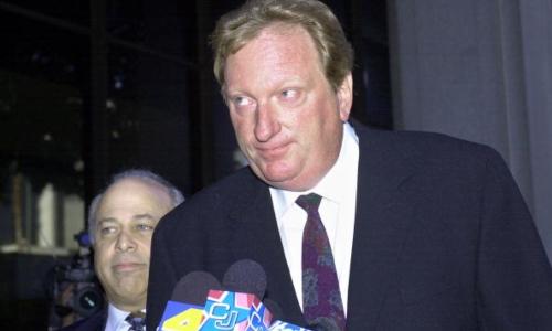 Jeffrey Jones em 2002 (Foto: Nick Ut-Pool / Getty Images)