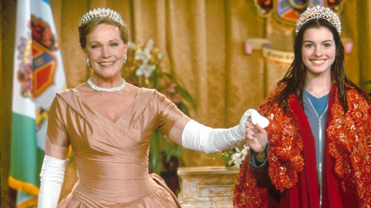 Julie Andrews e Anne Hathaway em O Diário Da Princesa (Foto:Reprodução /Twitter)