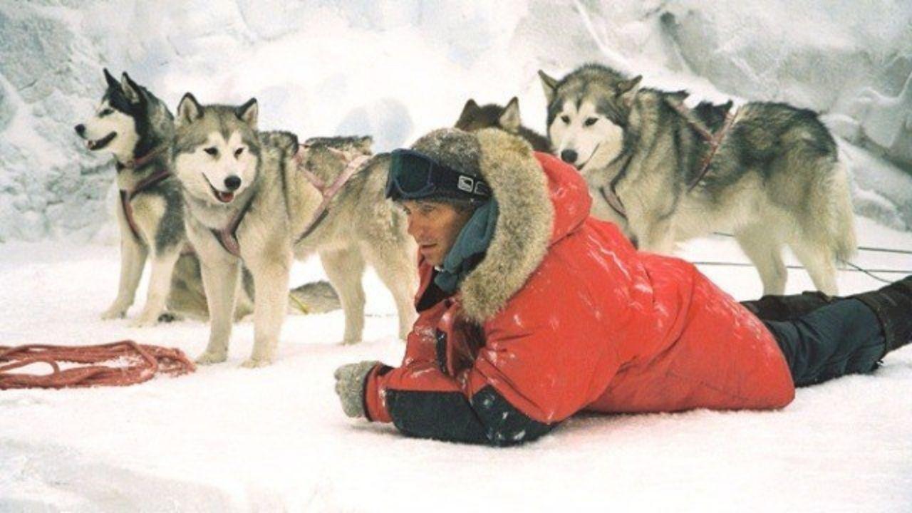 Paul Walker em Resgate Abaixo de Zero (2006) (Foto: Divulgação)