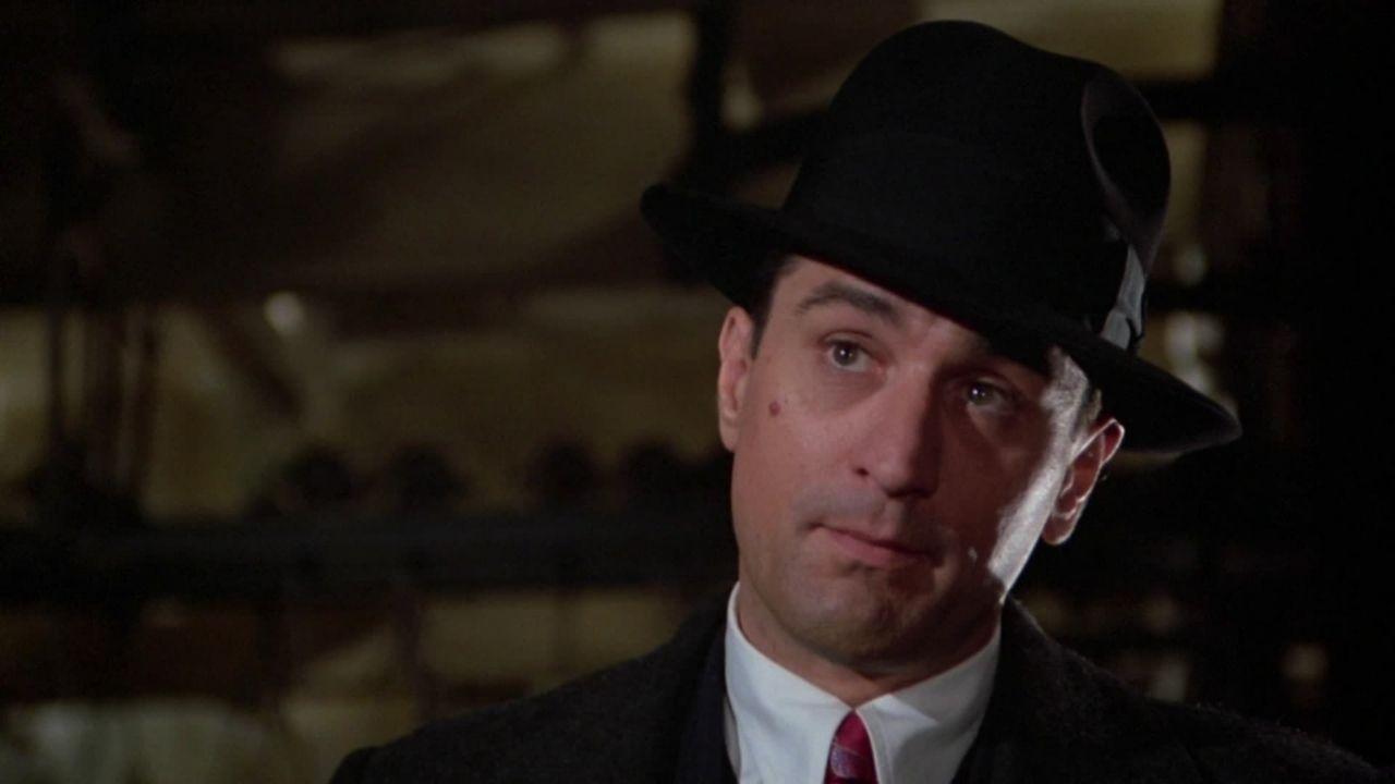 Robert De Niro como David Aaronson - Era uma Vez na América (1984) (Foto: Divulgação)