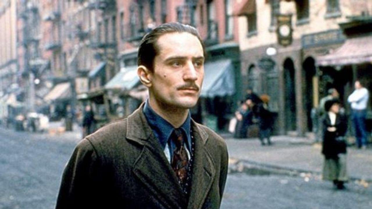 Robert De Niro como Vito Corleone - Poderoso Chefão: Parte II (1974) (Foto: Divulgação)